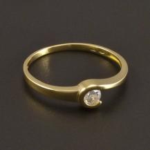 Zlatý prsten se zirkonem 8481