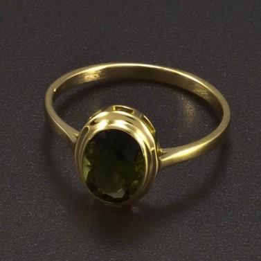 Zlatý prsten s oválným vltavínem č.1