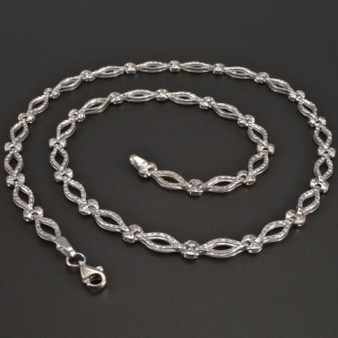 Vybrušovaný náhrdelník bílé zlato č.1