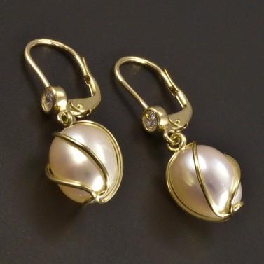 Zlaté náušnice s bílou perlou a zirkonem č.1