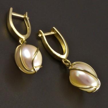 Zlaté náušnice s perlou v klícce č.2