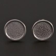 Stříbrné náušnice tepané