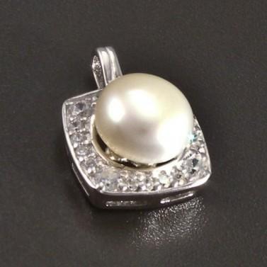 Stříbrný přívěsek s perlou a zirkony č.1