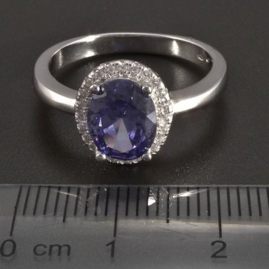 Stříbrný prsten modrofialový zirkon č.2