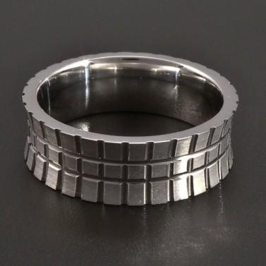Stříbrný prsten mřížkatý č.1