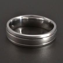 Stříbrný prsten lesklá linie