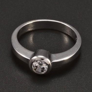 Jak vybrat ten pravý zásnubní prsten?