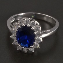 Prsten oválný safír bílé zlato