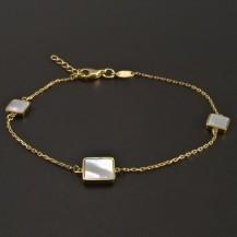 Zlatý náramek s perletí