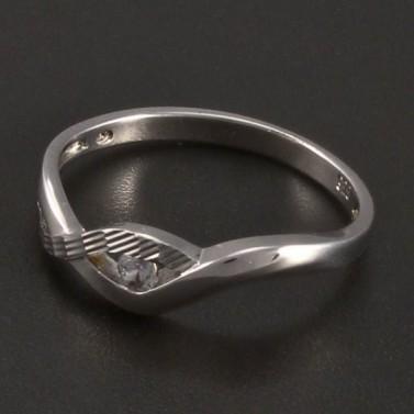 Stříbrný prsten zirkon a rytina č.1