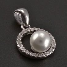 Stříbrný přívěs kolečko s perlou